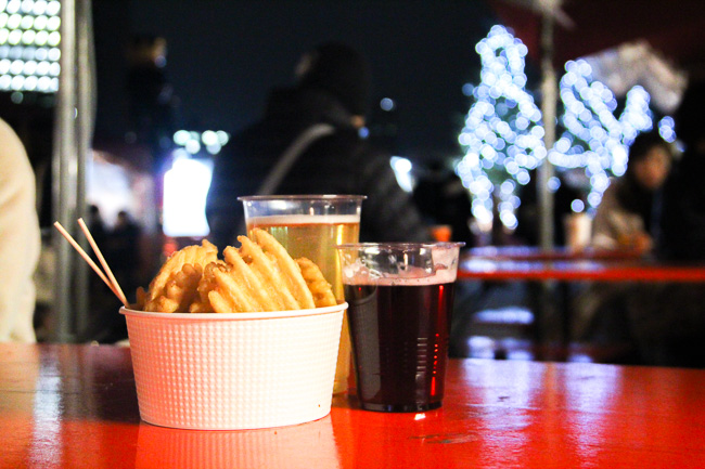 Red Brick Warehouse Christmas Market 2016-snack and warm fruit beer-Unseen Japan