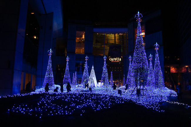 caretta-shiodome-illumination-2016-2017-unseen-japan