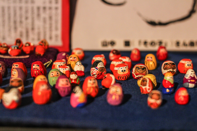 many-little-daruma-in-omi-hino-merchant-museum-hino-shiga-unseen-japan